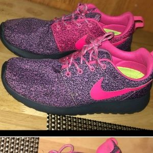 Gray Pink & Purple Nike Roshe